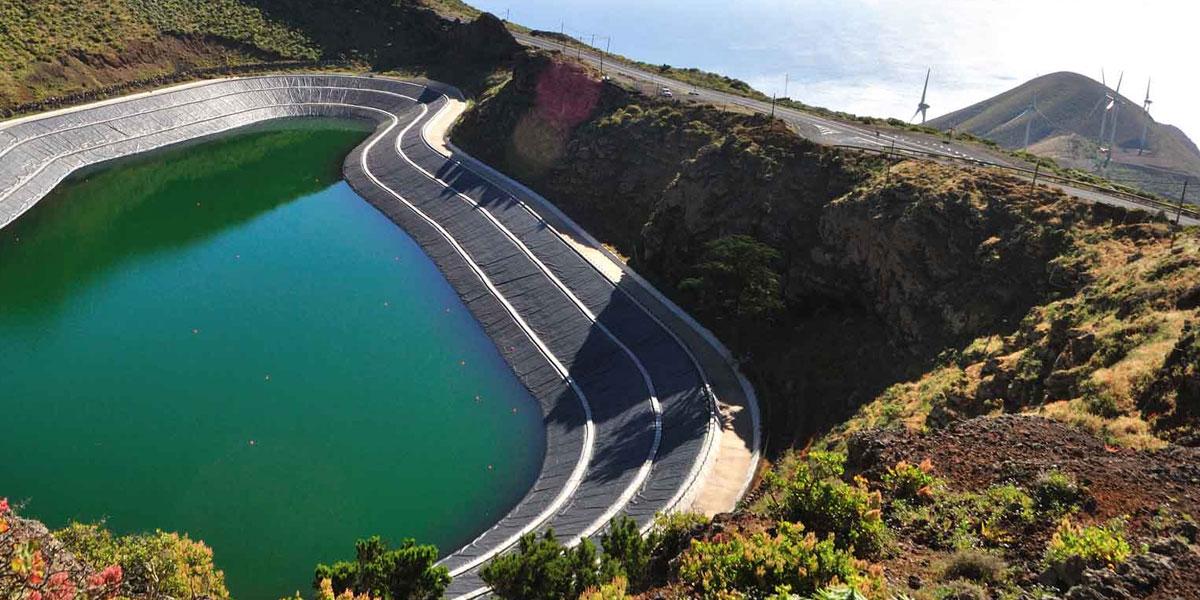 Consulta preliminar de mercado para aumentar las renovables en El Hierro