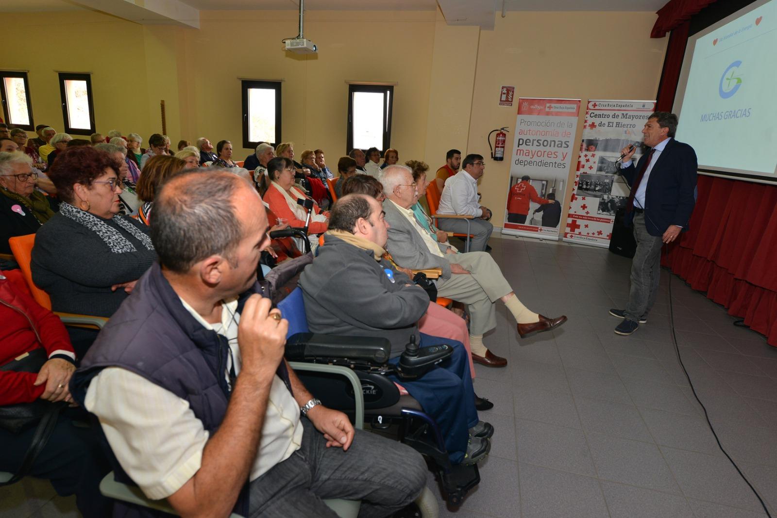 El Hierro's senior citizens mark World Energy Day with Gorona del Viento